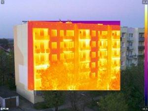 zdjęcie z kamery termowizyjnej picture in picture